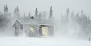 dom v severskej zime